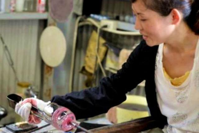 【吹きガラス体験】岡山・倉敷で楽しむ、自分だけの作品づくり!