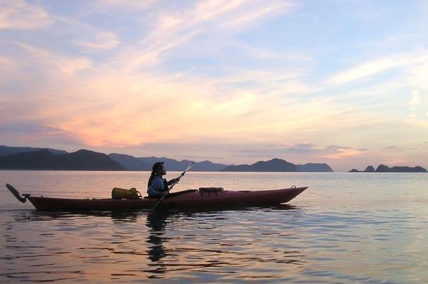 【1日・シーカヤック】心と五感をオープンにして、スローな海旅を