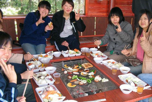 【島根・安来市・BBQ】仲間との絆を深めよう!BBQ+丸太のコテージ宿泊プラン
