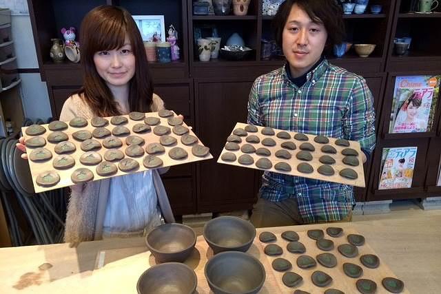 【宮城・仙台・ウェディング陶芸】手作りのカップや湯のみを、ご両親に手渡し。ウェディング陶芸Cコース