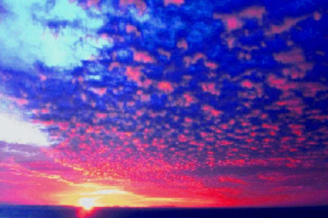 【北海道・知床・クルーズ】水平線に沈む夕日を堪能!サンセットクルーズコース