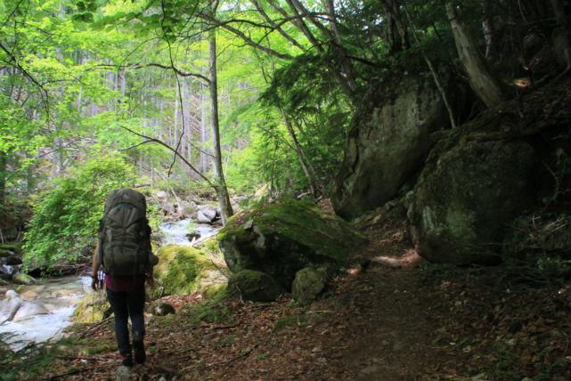 山梨・甲武信ヶ岳・登山ツアー(1泊2日)