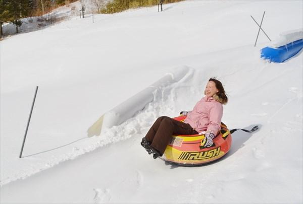 【体験&雪あそび】お気軽!スノーモービルプチ体験&雪あそびセットプラン