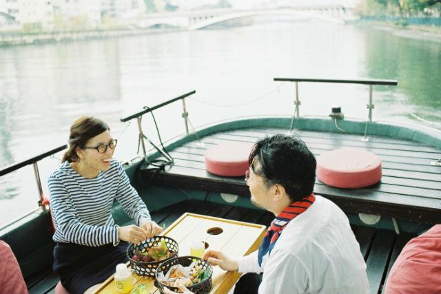 【大阪・中央区・観光船】朝日を浴びながらゆったり。朝ごはんクルーズ