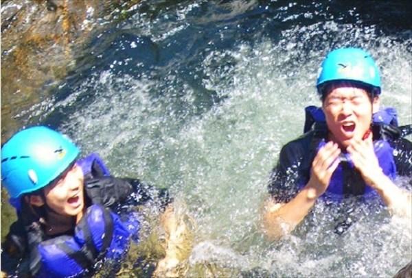 【1日】沢登りで心も体もリラックス!屋久島の大自然に飛び込もう