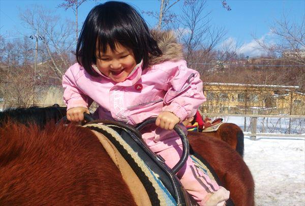 【山梨・山中湖・ふれあい体験】馬のぬくもりを感じよう。安らぎのホースセラピー体験