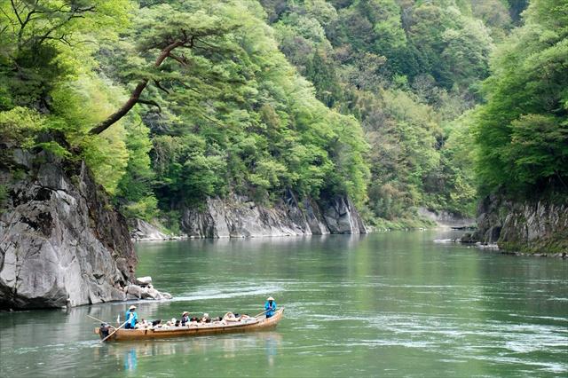 【天竜ライン下り】天竜峡で折々の景色を楽しむ川下り!(1時間)
