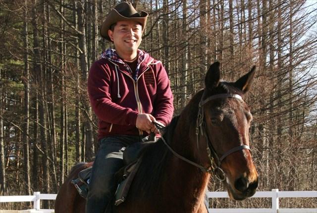 【八ヶ岳・乗馬体験・45分】乗馬レッスン&森林トレッキング!初心者も乗馬を大満喫!