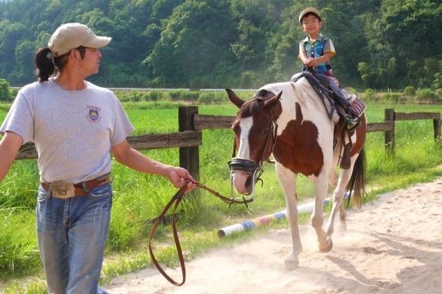 【引き馬・5分】広島・安芸高田の自然の中で、気軽に乗馬を楽しもう