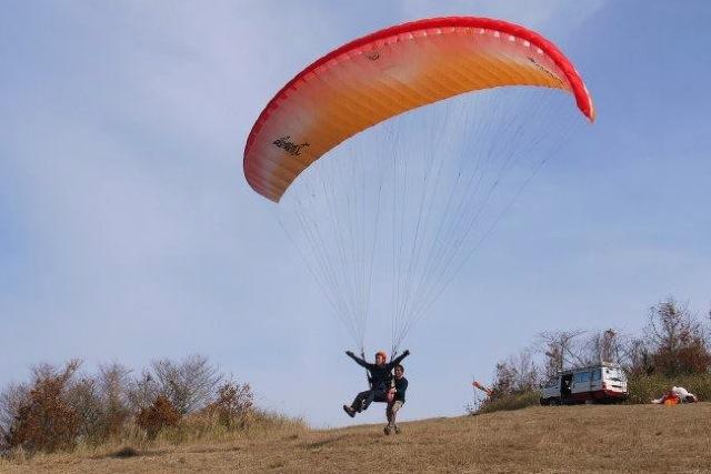 【鹿児島・パラグライダー体験】ふわっと上昇!不思議な浮遊感を味わおう!
