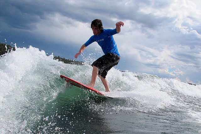 【福岡・ウェイクサーフィン】広い筑後川で、エンドレスサーフィンを楽しもう!