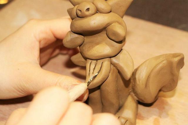 【沖縄・シーサー作り・釉薬掛け】陶器で作る素朴なシーサー(ドリンク付き)