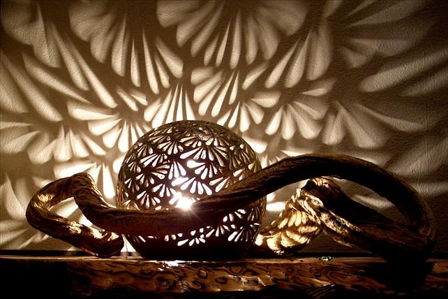 【佐賀県小城市・ランプシェード】好きな模様を彫るだけで完成!陶器のランプを作ろう