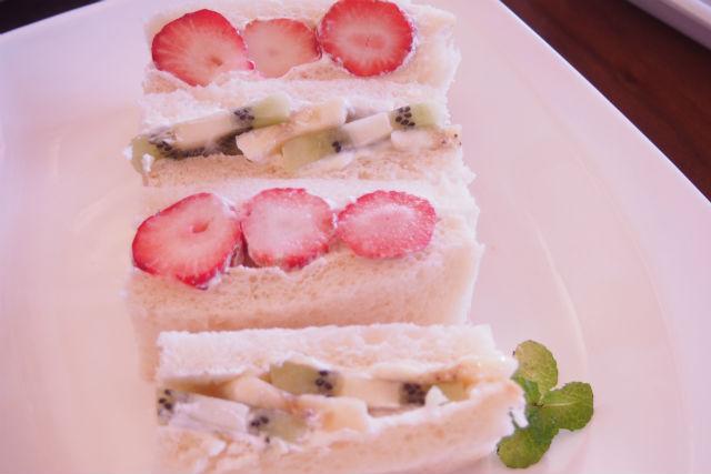 【山梨・料理体験】季節のフルーツをたっぷり使用!フルーツサンド作り