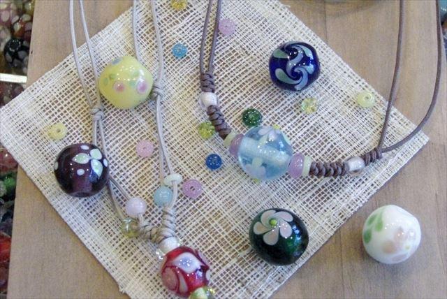 【横浜・とんぼ玉】色とりどりの美しいとんぼ玉!世界にたったひとつのガラスビーズを作ろう