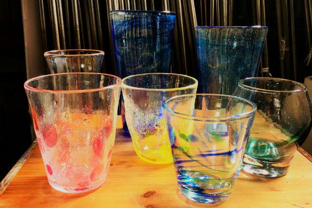【静岡・焼津・吹きガラス体験】グラスや一輪挿しを作ろう!