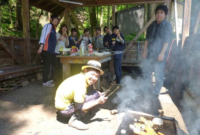 【富山・中新川郡】かまどでご飯を炊いたり、川遊びしたり!田舎暮らし