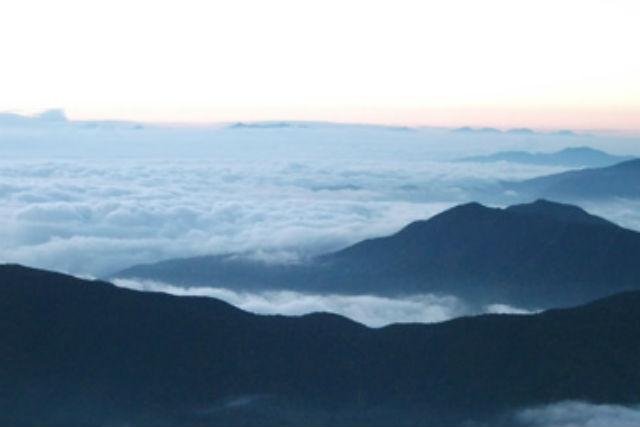 【知床・登山ツアー】頂上から眺める数々の絶景!斜里岳登山・清里コース