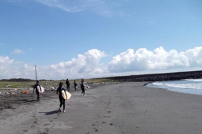 【札幌・サーフィン体験】ベストビーチをご案内!北海道の夏を楽しむサーフィン体験