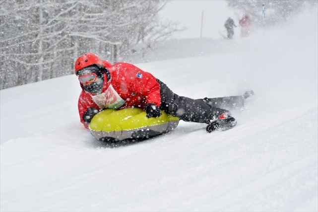 【北海道・エアボード】雪面すれすれ!迫力満点のエアボードでゲレンデを滑走しよう