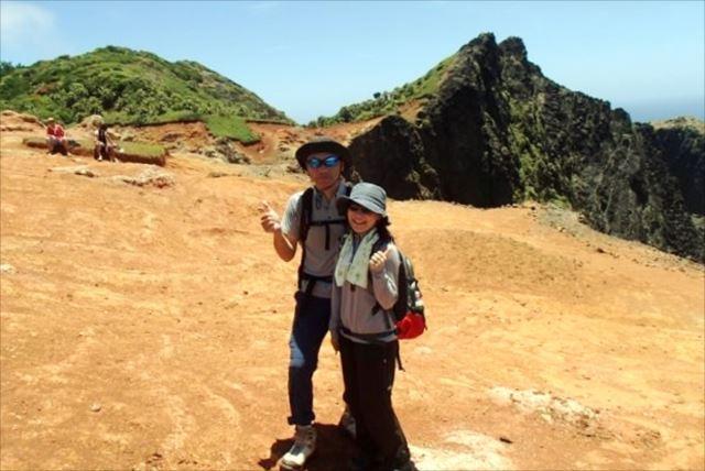 【小笠原父島・山歩き1日】絶景の山頂(千尋岩)や隠れ家ビーチ(西海岸)を目指す山歩き