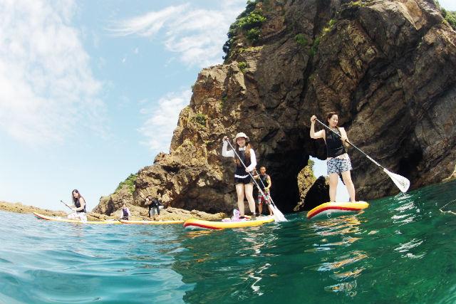 【熊本・天草・SUP】 天草ジオパークをSUPで!洞窟探検&熱帯魚鑑賞付き(午前)★写真&動画プレゼント