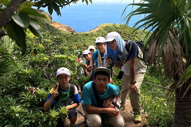 【ジャングルツアー・半日コース】自然の宝庫、小笠原の秘境を半日探検!