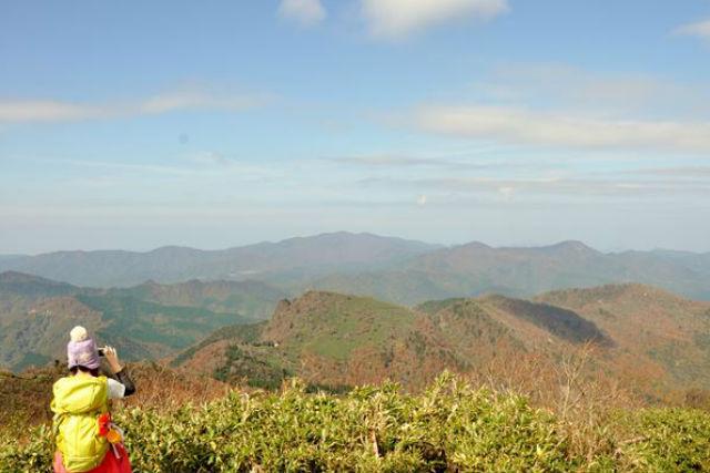 【鳥取・氷ノ山】山頂までの登山ツアー・氷ノ越コース(6時間)