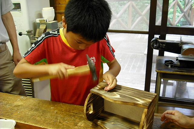 【島根県大田市・木工体験】子どもから大人まで!1時間30分で好きなものが作れる木工体験
