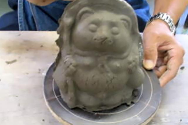【滋賀・信楽焼・陶芸体験】家庭円満の縁起物!信楽のシンボル、狸作り体験