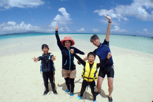 【石垣島・1日・シュノーケリング】憧れの島「パナリ」と幻の島「浜島」へ行こう!シュノーケリングツアー