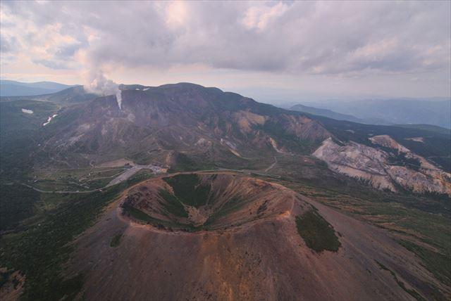 【福島・ヘリコプター遊覧】布引山・裏磐梯をヘリコプターで望む!大満喫フライトプラン