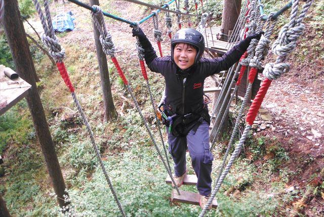 【岐阜県・アスレチック】気分はまるでニンジャ。森のアスレチックでめいっぱいあそぼう!