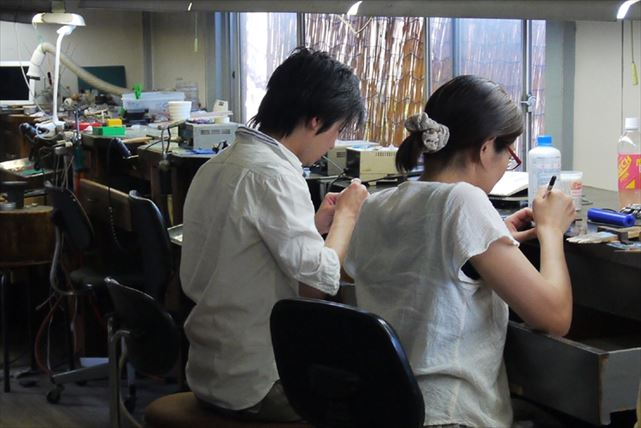 【埼玉・アクセサリ-手作り体験】初めての方にぴったり!設備充実の教室でシルバーアクセサリーを作ろう(全2回)