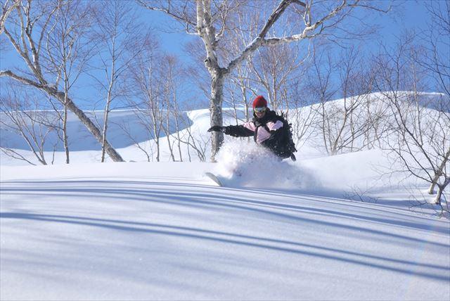【岐阜県高鷲・ バックカントリー1日】ガイド同行!1dayコース で雪の感触を思いっきり楽しもう!