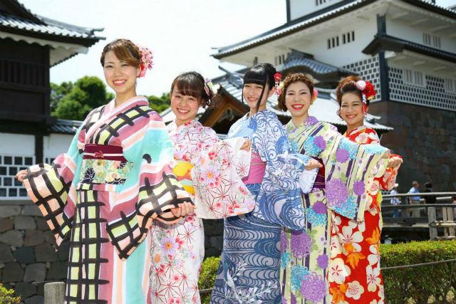 【金沢・着物レンタル】古都金沢を着物で歩く。しっとり浴衣プラン