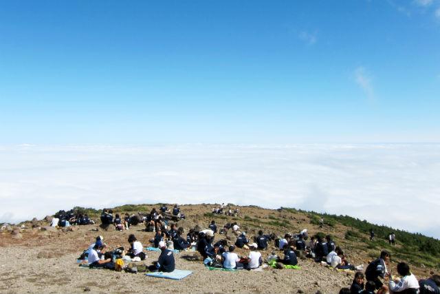 【福島県・登山ツアー】花の百名山を登る。安達太良山(あだたらやま)登山ツアー