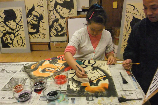 【青森・伝統工芸・凧絵付】津軽の伝統を体感!津軽凧絵付け体験にチャレンジ