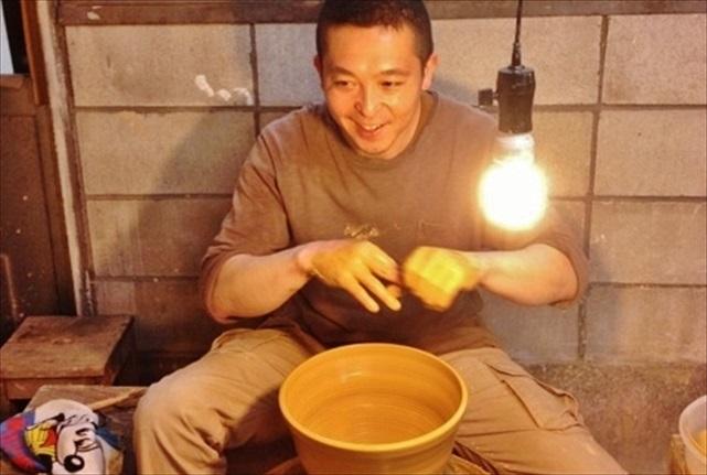 【栃木・宇都宮・ろくろ体験】プロの陶芸家気分になれるろくろ体験