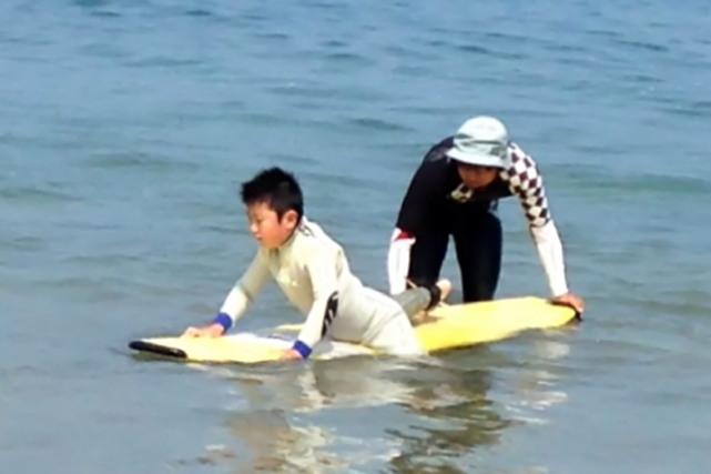 【岩手県・サーフィン】久慈の海をライディング、バラエティに富んだ波が面白い!