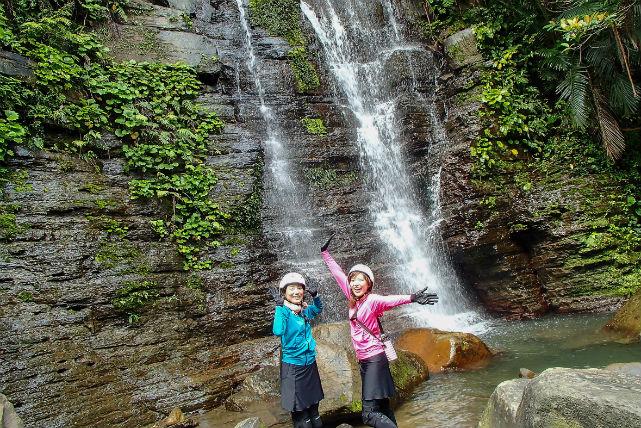 【西表島・トレッキング・1日】西表島までの往復乗船券付き!ゲータの滝で風を感じて歩こう