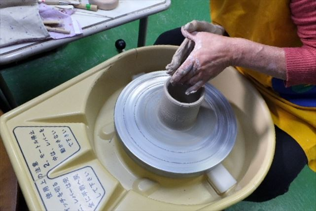【埼玉・陶芸体験】焼きものづくりにレッツトライ!魅力がぎゅっと詰まった陶芸体験プラン