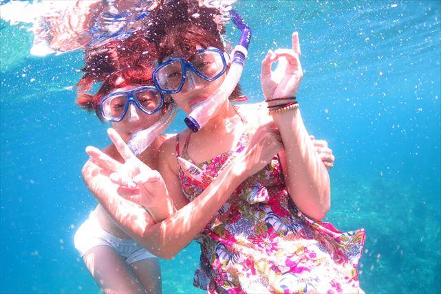 【奄美大島・シュノーケリング】テーブルサンゴと熱帯魚に出合うホワイトビーチコース