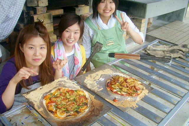 【熊本・食育体験】阿蘇の食材を使って絶品ピザ作り!作って、食べて、いっぱい学ぼう