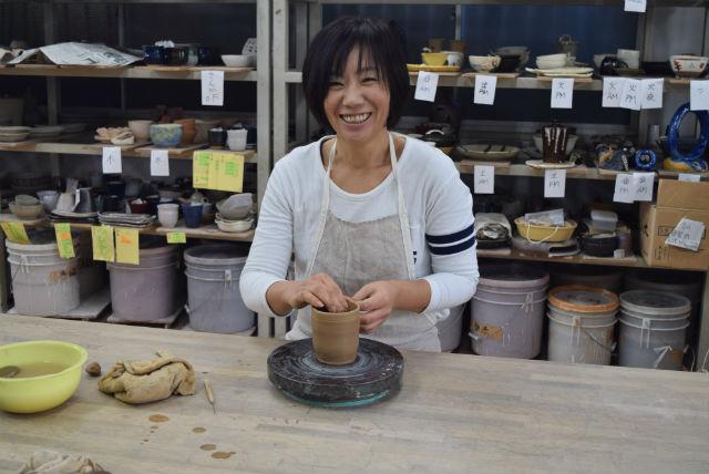 【神奈川・横浜市・陶芸体験】思い通りの仕上がり!成形プラス、釉薬かけ体験プラン