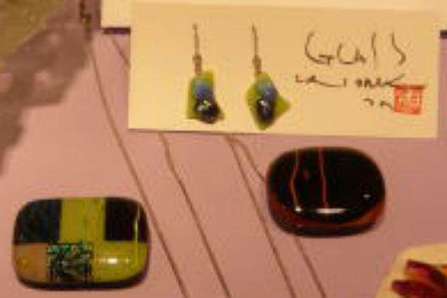 【京都府京丹後市・ガラス細工】ステンドグラスの専門家が教えるアクセサリー作り