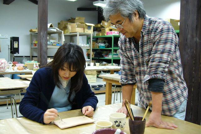【富山県朝日町・陶芸・絵付け】3歳以上のお子さまからOK!陶器に好きな絵を描こう
