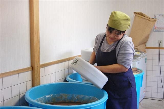 【佐賀県佐賀市・料理体験】旬の農作物を使って昔ながらの漬物を漬けよう!