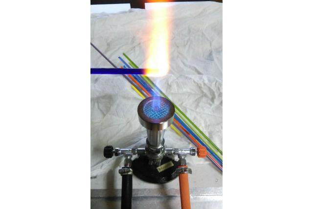 【京都市・下京区・ガラス細工】バーナーワークに挑戦。オリジナルのガラス玉を作ろう