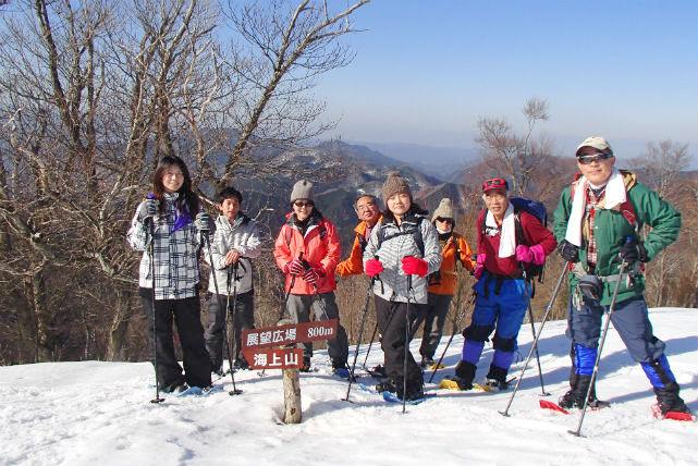 【鳥取県・スノーシュートレッキング】雪の森林をベテランガイドとゆく 智頭の白銀世界に癒されるツアー